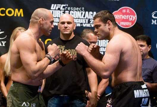 UFC 74 Couture vs Gonzaga weigh in pic
