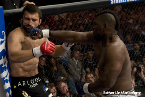 http://www.mmafight.com/wp-content/uploads/2009/06/arlovski-knocked-out-by-rogers.jpg
