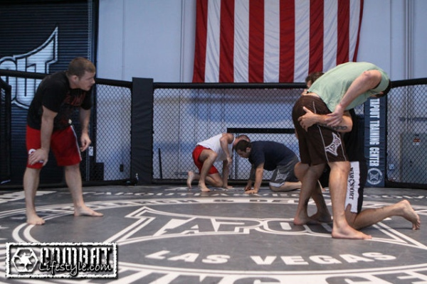 bisping-training-henderson-6