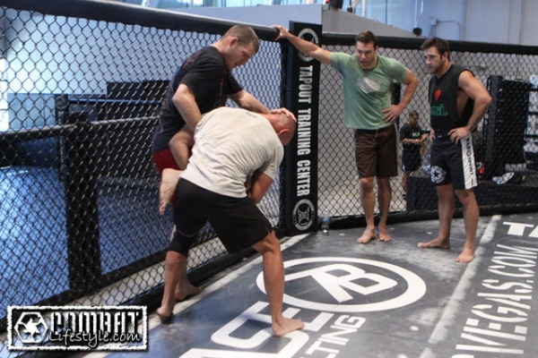 bisping-training-henderson-7