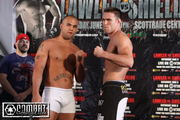 lawler-vs-shields-weigh-in-pic