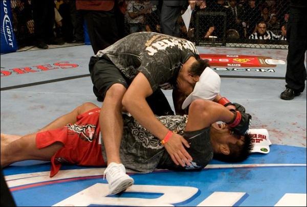 Akiyama beats Belcher