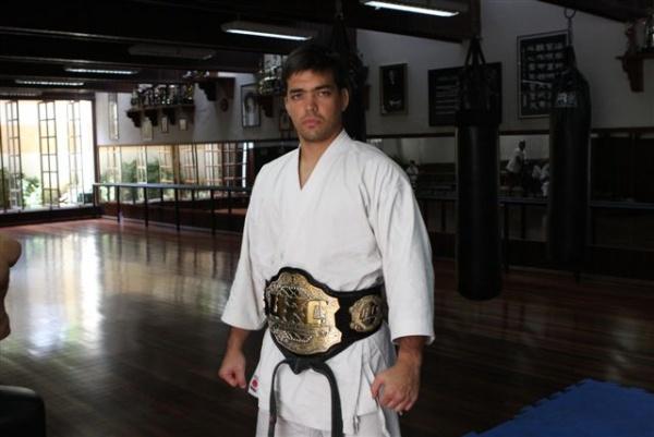 UFC 104 Machida training 9