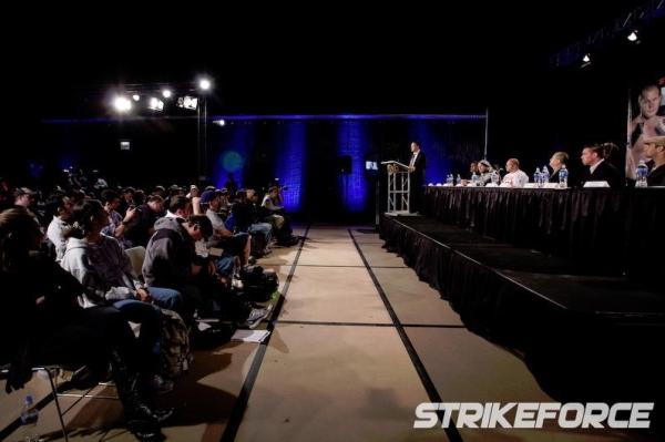 Strikeforce Fedor vs Rogers 15