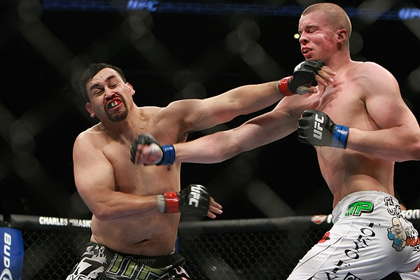 Buentello and Struve at UFC 107