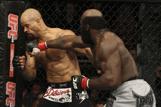 Houston Alexander punched Kimbo
