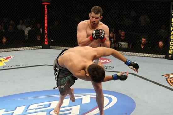 Marquardt knocks out Maia