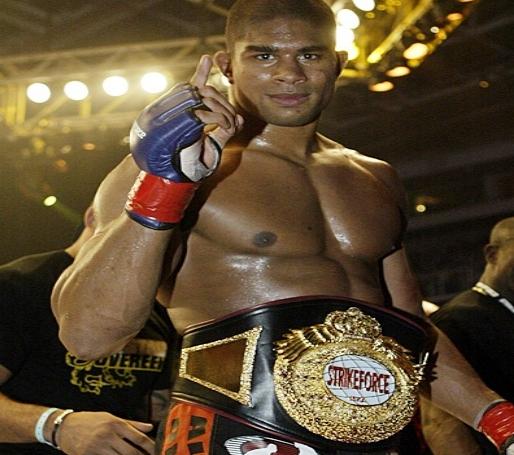 Overeem Strikeforce title