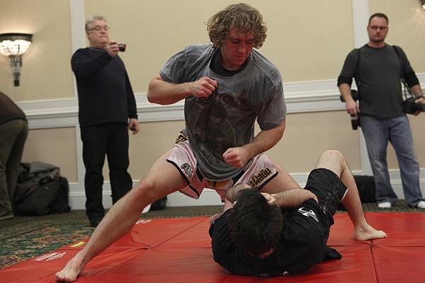 UFC 107 Belcher Training 6