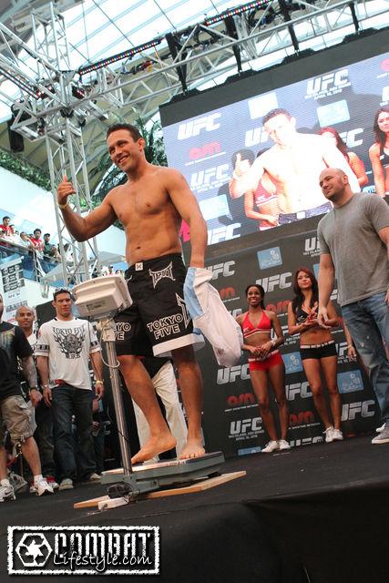 Renzo Gracie UFC 112 weigh in