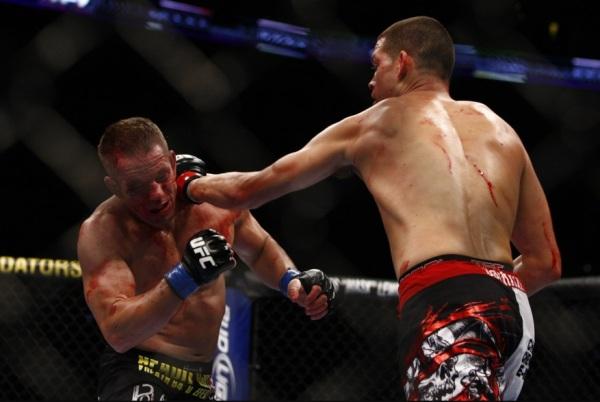Diaz Punches Davis 1