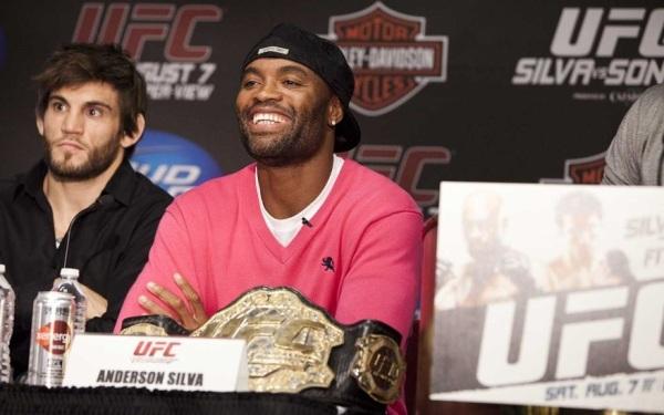 UFC 117 Presser Pic 3