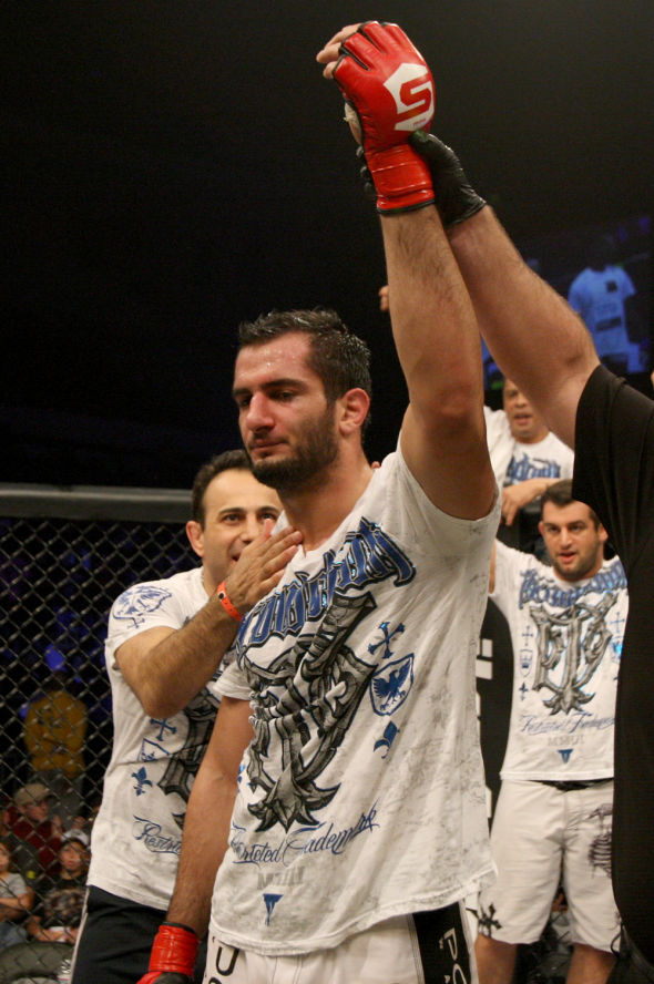 Mousasi victory over St Preux