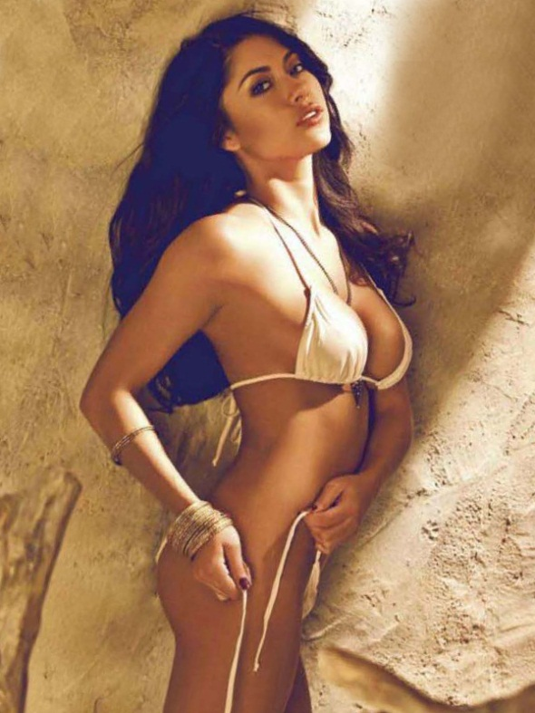 Arianny Celeste FHM Philippines May UFC Pic 5