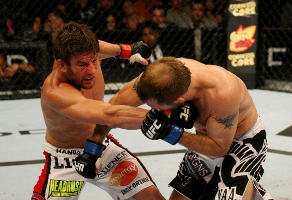 UFC on FX 4 Stout punch Fisher