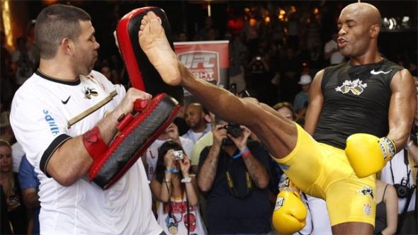 Anderson Silva Kick