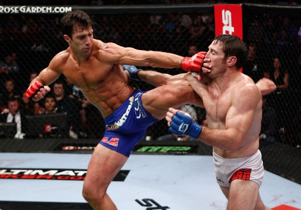 Rockhold kicks Kennedy MMA Pic