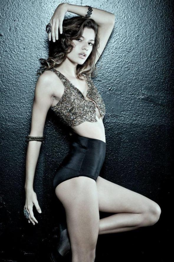 Strikeforce Ring Girl Vanessa Hanson 13