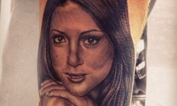 UFC Fan Gets Tattoo of UFC Ring Girl Arianny Celeste (Pic)