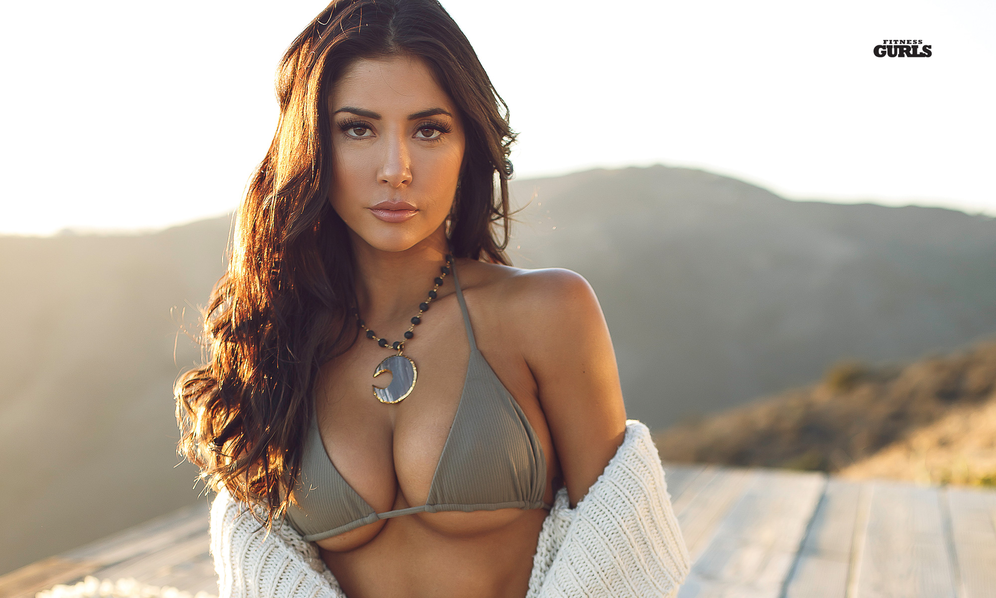 Arianny Celeste 2020 Calendar Arianny Celeste 2020 Calendar Photoshoot Video in Mexico | MMA Fight