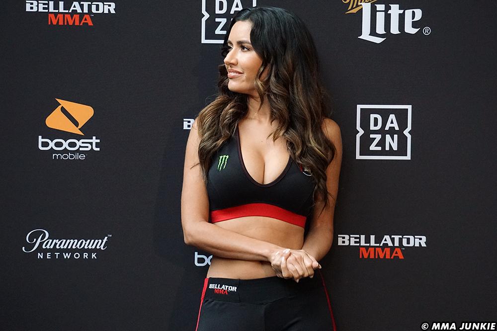 Bellator-225-Cage-girls-2-Mercedes-Terrell
